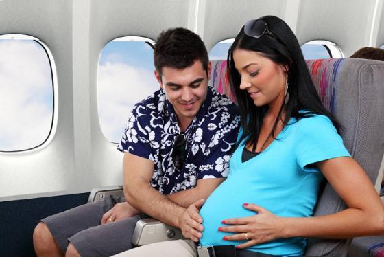 Những kinh nghiệm đi máy bay cho bà bầu quan trọng mà chị em cần lưu ý