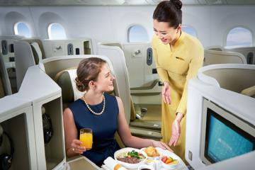 Giá vé máy bay Vietnam Airlines và những thông tin cần biết về hãng