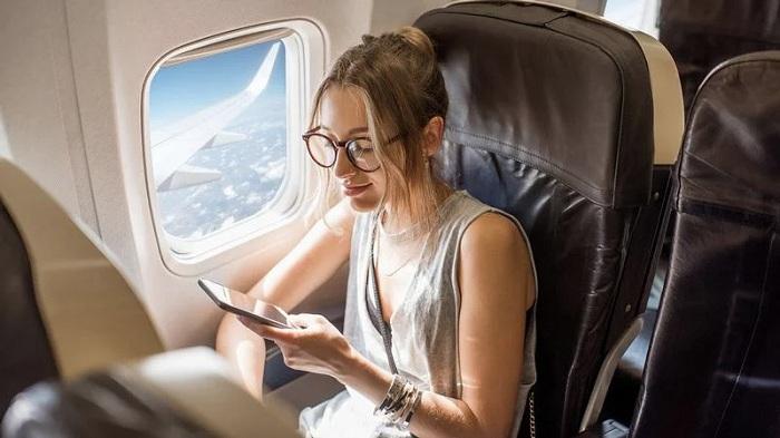Phí wifi trên chuyến bay có đắt không